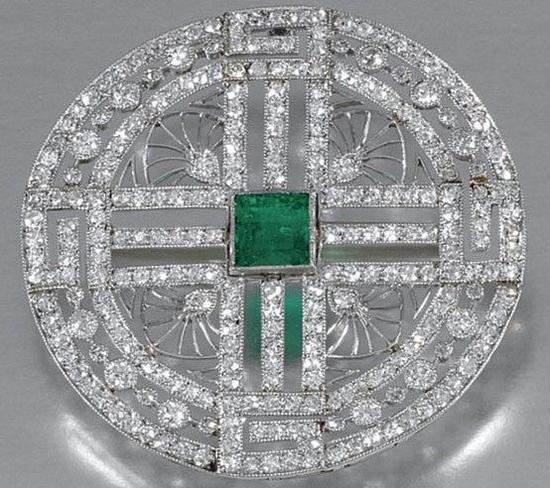 钻石祖母绿胸针