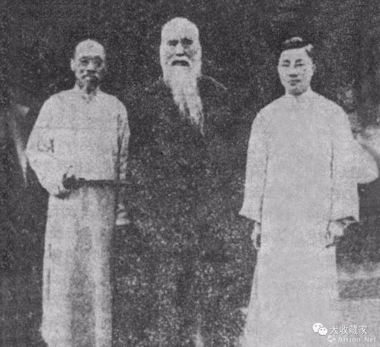 1935年4月,钱化佛与于右任(中)、陈存仁(右)在上海城隍庙合影
