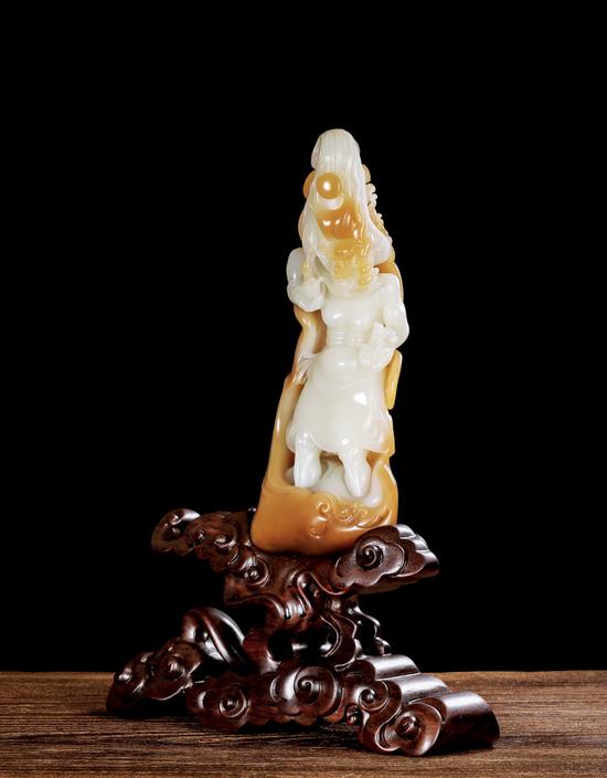 02478 杨中伟 新疆和田玉火神摆件 规格:23.5×9.1×5.3cm 重量:1100g