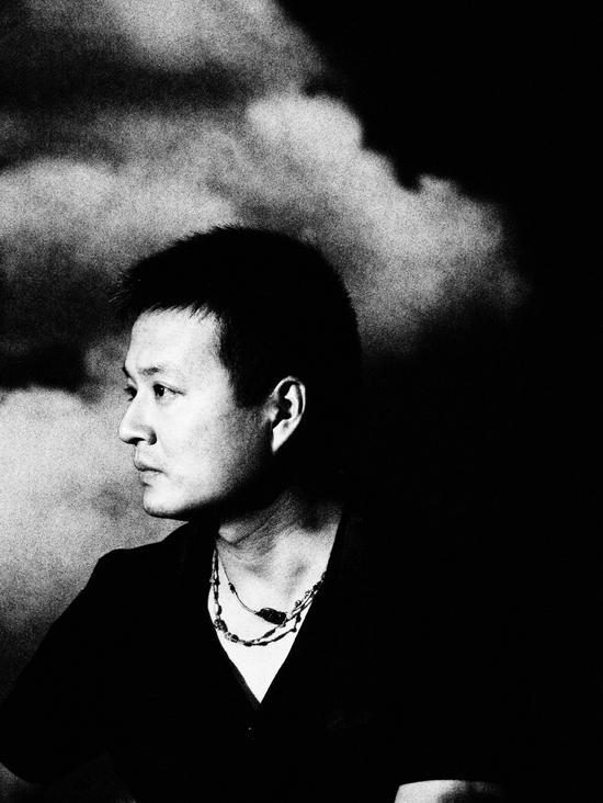 艺术家杨勇