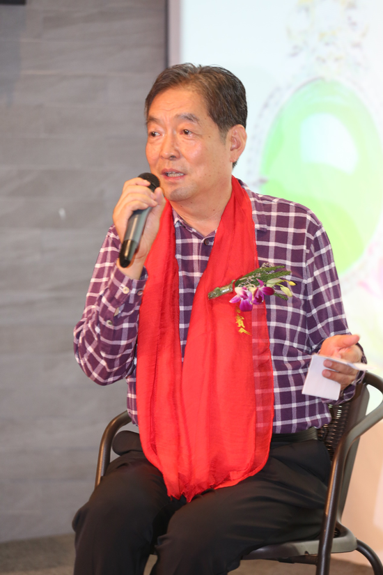 执行主任评委:王春林 中国小说学会副会长、茅盾文学奖、鲁迅文学奖评委、山西大学教授。