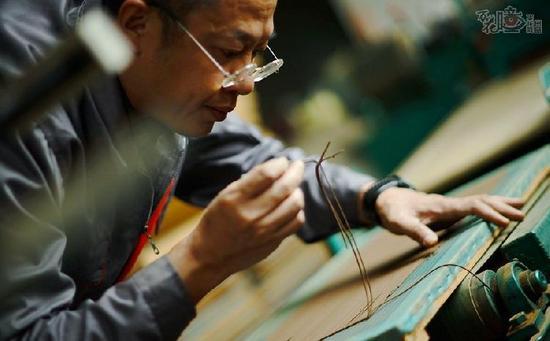 汉子潜心10余年打造西部唯一沉香博物馆