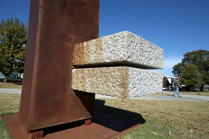 Hartmut Stielow:简单的不像雕塑