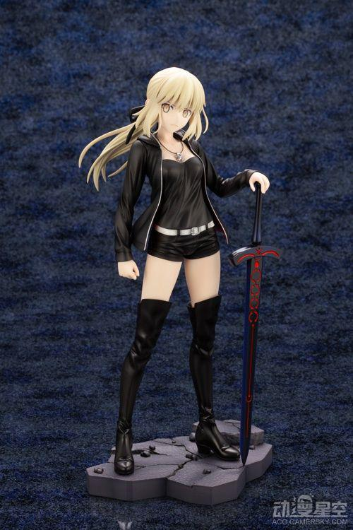 《Fate/Grand Order》黑Saber私服手办 强势女王也有娇羞一面