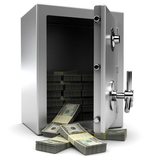 窃贼偷走了保险柜打不开 将其从四楼扔下砸烂