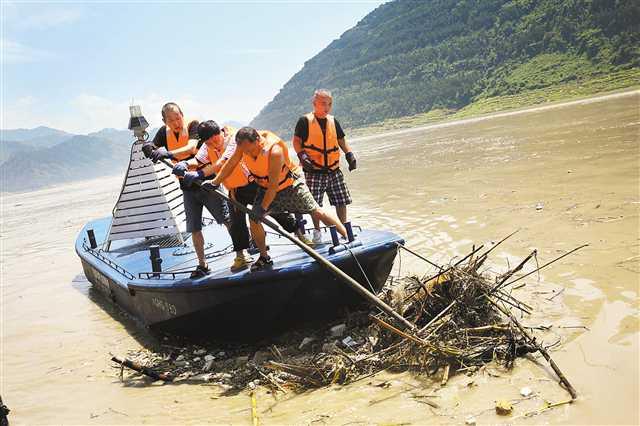 长江洪峰已顺利进入三峡库区