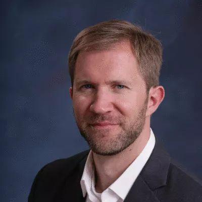 图为Orion Span(跨越猎户座)公司创始人兼首席执行官弗兰克·邦杰