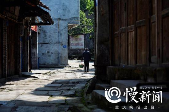 吴滩古镇街道安静,时光很慢