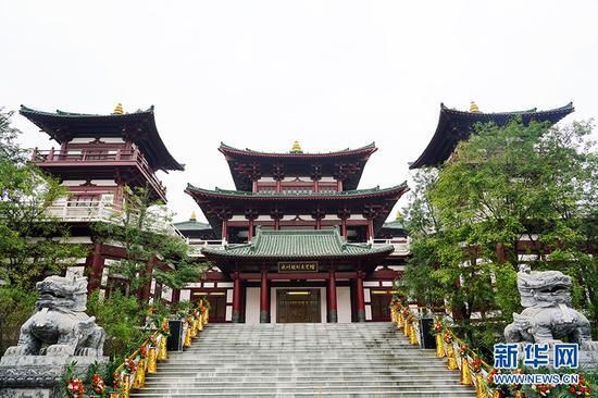 10月26日开馆的永川城市规划展览馆。新华网 李相博 摄