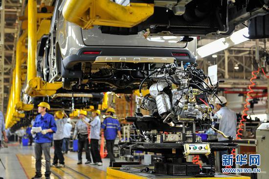 智能化汽车生产线。新华网发(殷俊 摄)