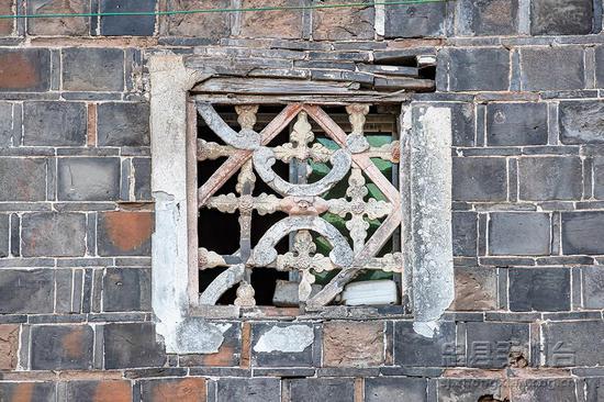 工艺高超的石窗花