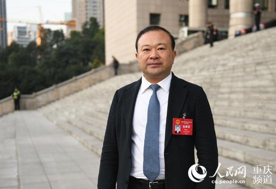 重庆市人大代表、大足高新区管委会常务副主任周树云。邹乐 摄