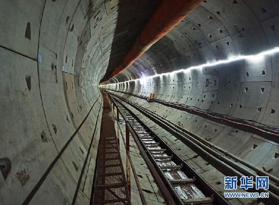 重庆轨道交通九号线蚂观右线盾构区间顺利贯通