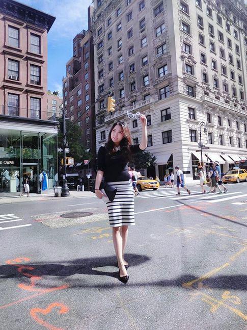 喜欢逛街的杨欣玥在美国留学期间开起了买手店