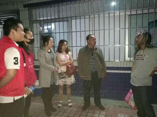 重庆网路广播电视台记者 余舸 刘霞飞