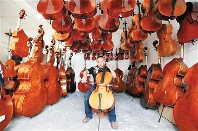 现场将展示纯手工乐器制作。