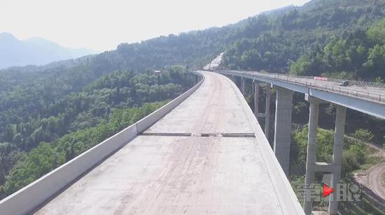 四面山高速推进顺利 预计明年六月通车