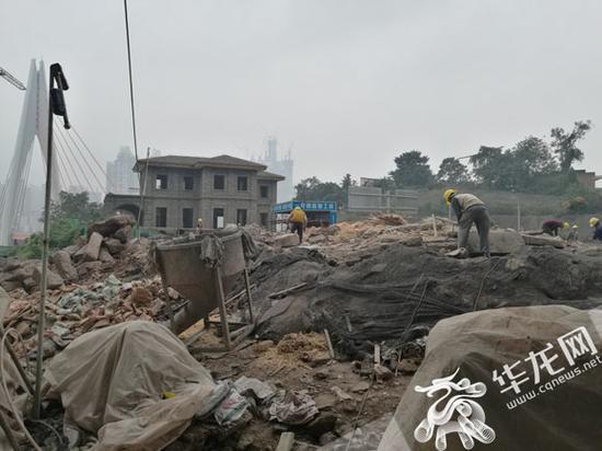 慈云寺—米市街—龙门浩历史文化街区保护修缮工作启动。记者 伊永军 摄