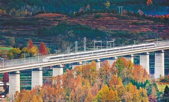 西成高铁全线模拟运行 重庆到西安只要5小时