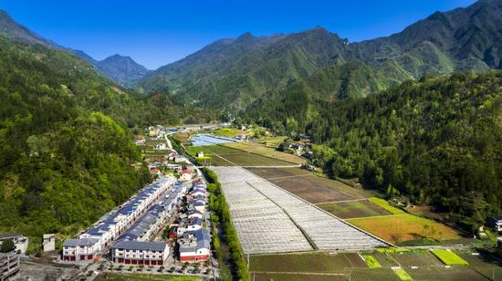 北屏乡太平农民新村、高山生态搬迁移民点建设后照片