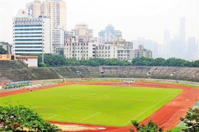 大田湾体育场,新中国成立之后的第一座甲级体育场,也是重庆体育的图腾。