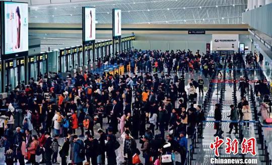 图为2019年春运期间的重庆机场。重庆机场供图
