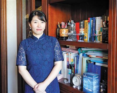刘传健的妻子邹函