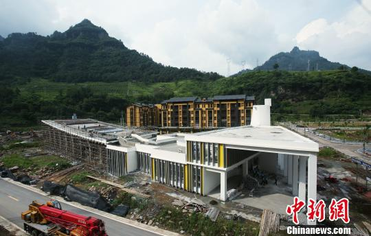 图为即将竣工的中益老场镇建设项目。重庆大学供图