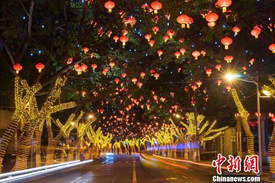 图为此次获评重庆市级历史文化街区的渝中区中山四路街区。 钟旖 摄