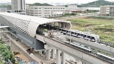 轨道交通10号线长河站。琉禾 摄