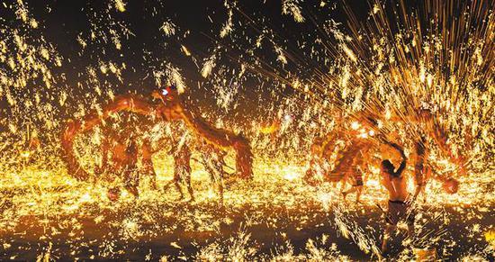 古镇游 温泉游 冰雪游 重庆市春节旅游人气持续爆棚