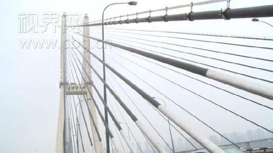 李家沱长江大桥换索工程主体完工 解除交通管制