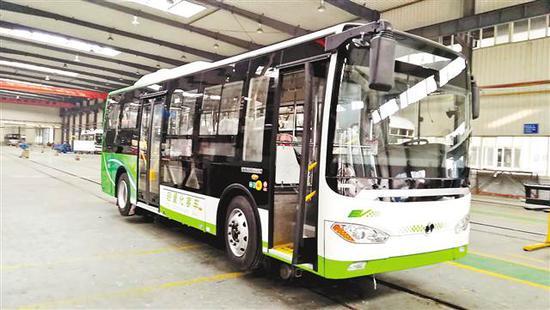 图为中铝西南铝试制的全铝车身新能源客车。(中铝西南铝供图)