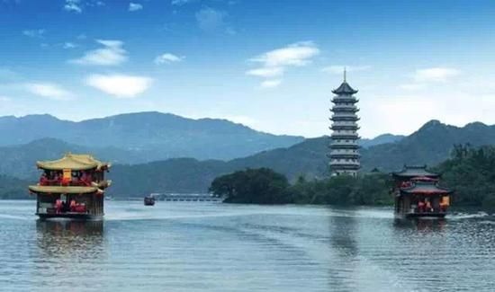 开州汉丰湖。图片来源于网络