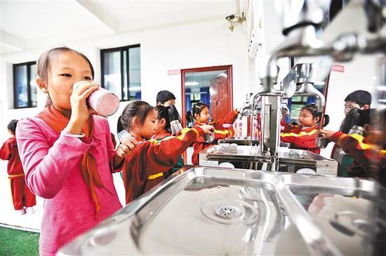 重庆主城计划建设376个直饮水点 市民饮水更方便