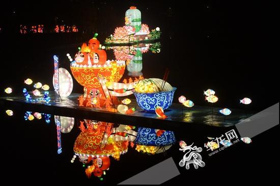 """来临湖路品尝一下重庆的""""火锅""""和""""小面""""。 主办方供图 华龙网发"""