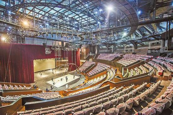 重庆国际马戏城演出厅。(本栏图片由记者谢智强、熊明摄)