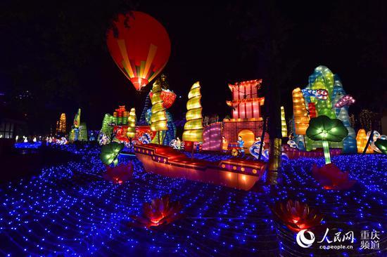 第二届重庆合川三江灯会喜乐开展,灯会将持续到3月18日。
