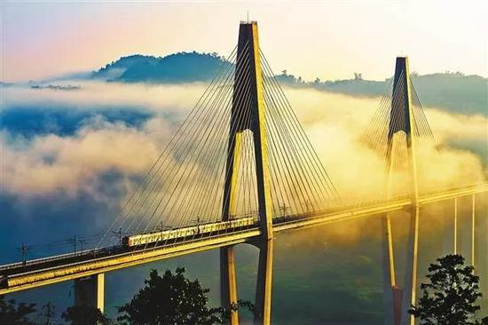 蔡家轨道大桥。王平权 摄