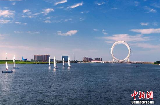 世界最大无轴式摩天轮正式投用:总高度145米
