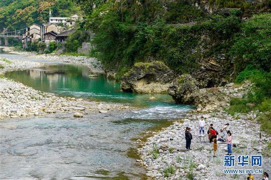 重庆巫溪:山中秘境游受欢迎