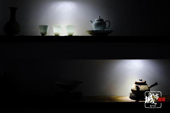 前房地产高管的诗意人生:一日一茶