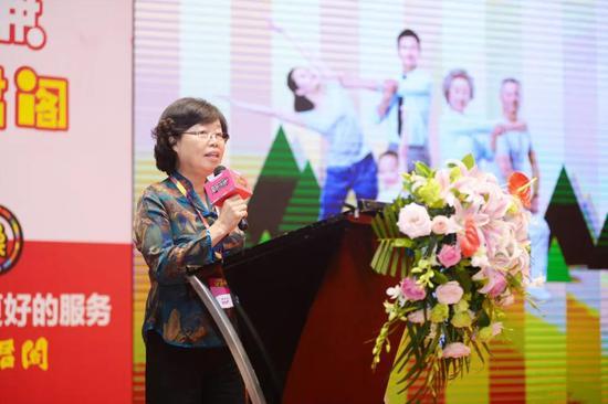 云南白药集团股份有限公司药品事业部华西大区领导彭礼蓉女士致辞