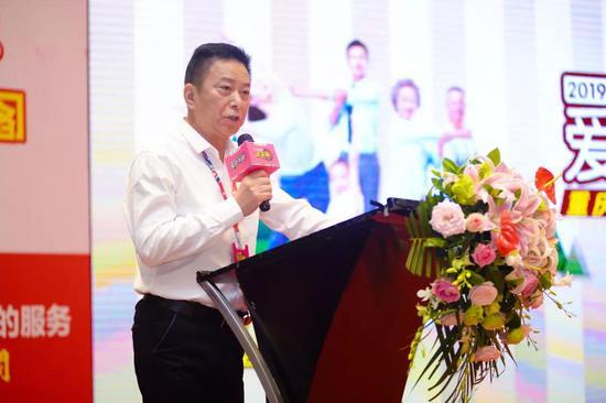 评委代表肖渝生先生发表公正宣言