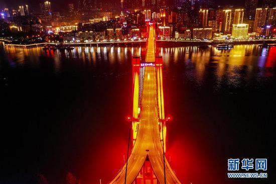 三峡水库蓄水至170米 长江再现高峡平湖夜色美(图)
