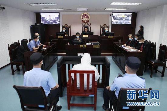 王平案庭审现场。新华网发