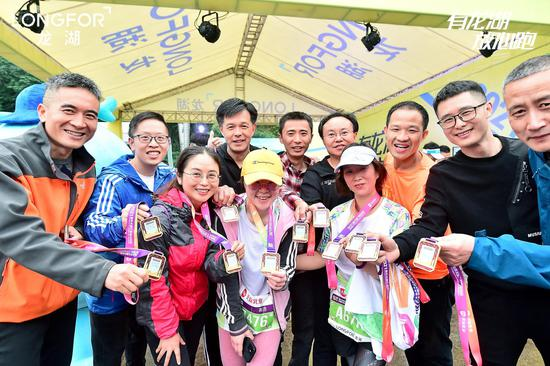 龙湖紫云台跑团