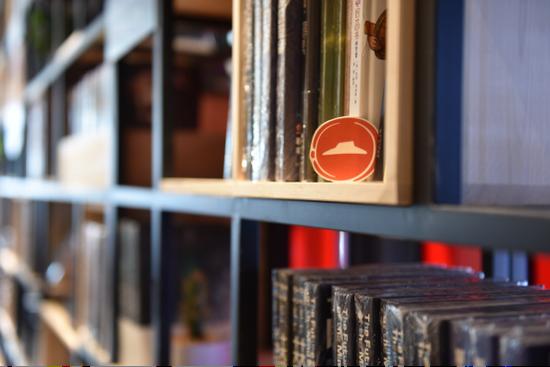 重庆必胜客悦读食光餐厅有超过2000册藏书