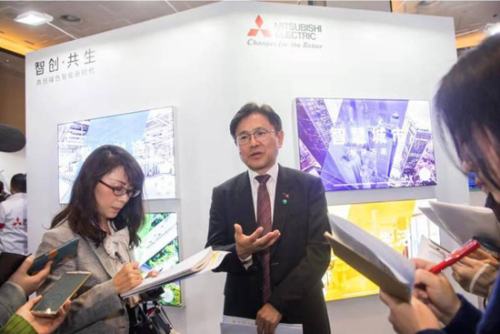 三菱电机中国总代表富泽克行先生接受媒体采访