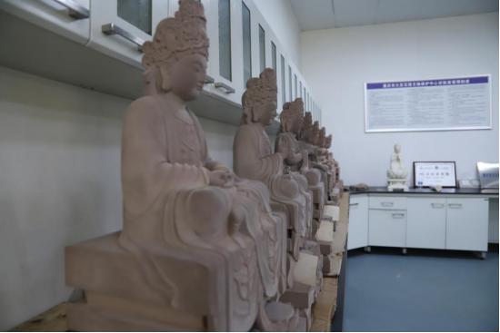 大足石刻研究院修复室